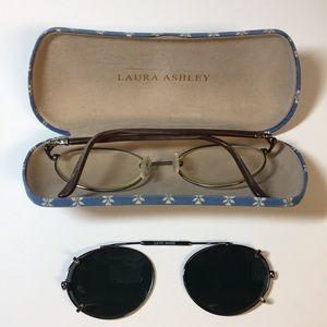 🤓LAURA ASHLEY🤓Women's Metal Frame Glasses+Case